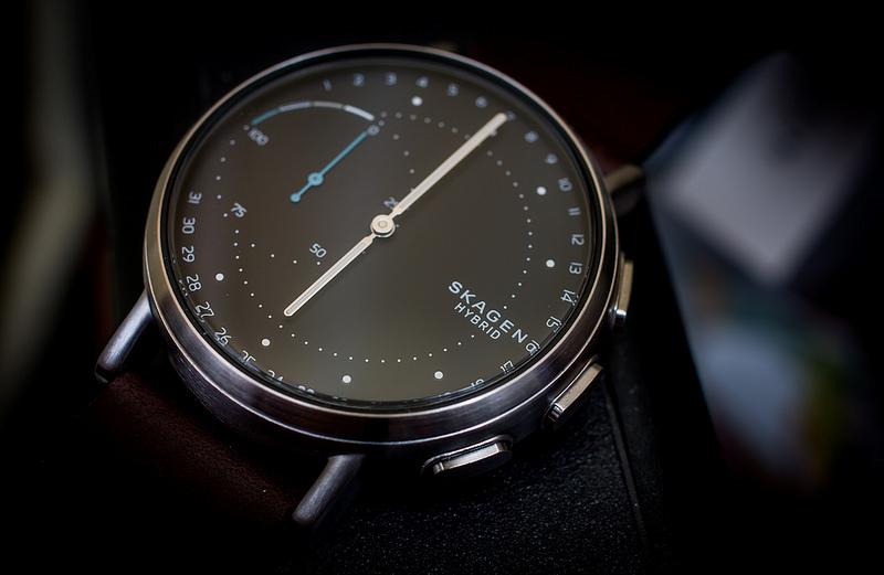 Hybrid Watch